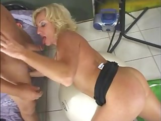 hawt mature golden-haired cougar stephanie
