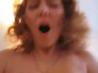 curvy wife rubs and fucks hard