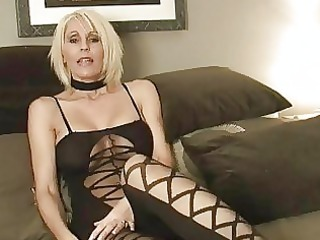 short haired momma in hawt outfit plays with sex
