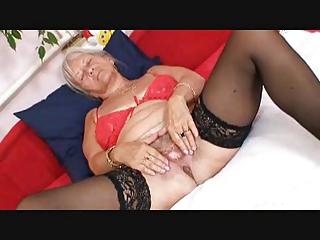 blond granny r44