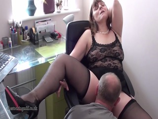 british mother id like to fuck performs on livecam