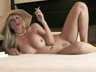blond smokin milf wants drilled
