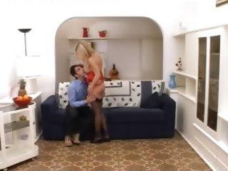fisting my beautfiul wife on the bigbed