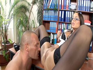 office secretary fucked in nylons and heels