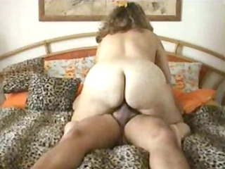 bulky wife riding rod