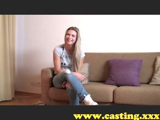 casting - brawny babe cums for real