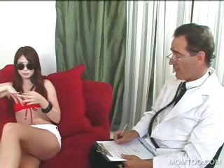 outdoor 3some with milf and daughter