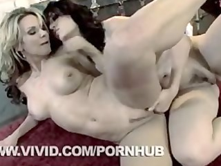 savanna samson and bobbi starr scissoring