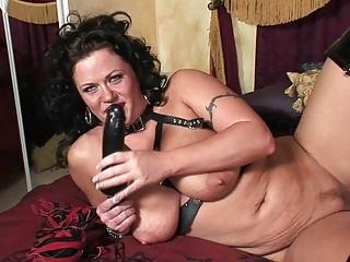 perverted brunette d like to fuck in lewd latex