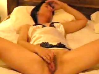 hot girlfriend masturbating