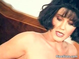 beautiful mature brunette fuck her moist