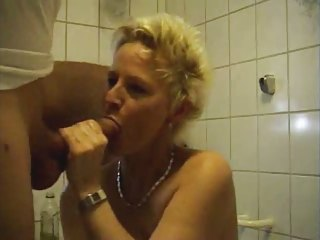 mature woman fucking in baths