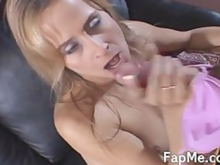 enchanting d like to fuck knows how to strokes a