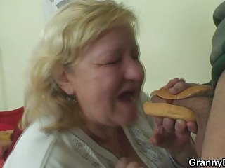 good hot-dog for fat granny