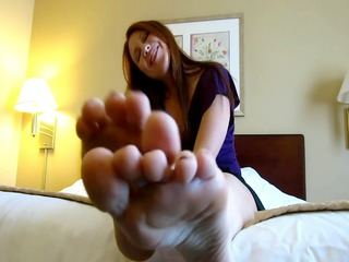 mother id like to bonks soles & purple toes
