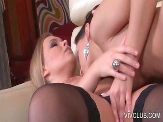 blondie receives lesbian cunillingus on sofa