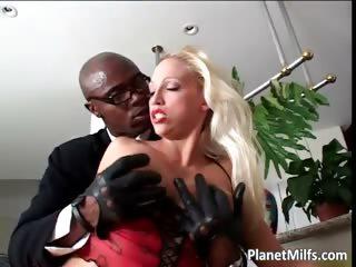 slutty blond pussy pierced d like to fuck sucking