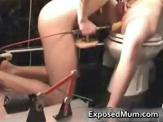 mamma stuffed with dildo machine and sucks