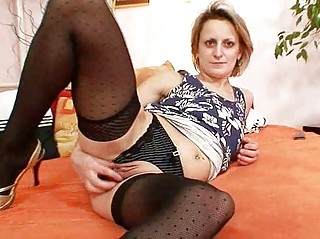 perverted mature mom st time masturbation video