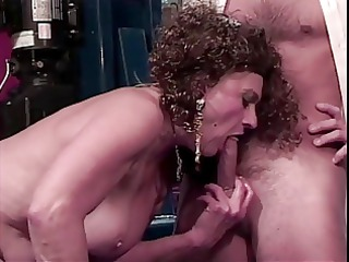 old slut receives her love tunnel licked by