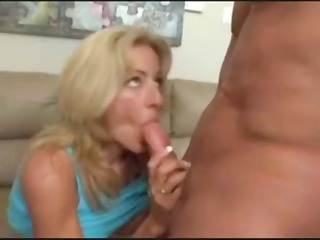 sexy blonde mother i with fake love muffins blows
