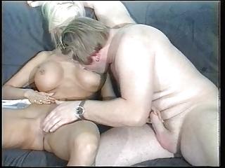 sandra foxx-mature breasty golden-haired 3o4