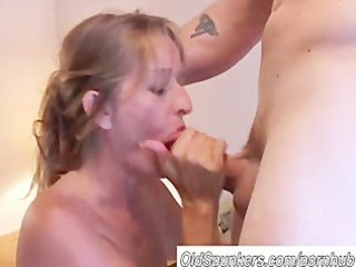pretty older blond likes to fuck