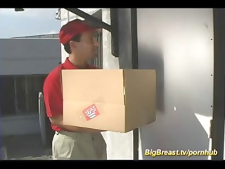 breasty blond calls for delivery and pays him