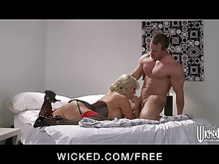 hot golden-haired milf stormy daniels acquires