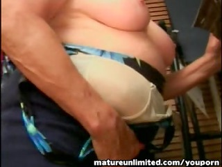 granny engulfing the large cock reasly dilettante