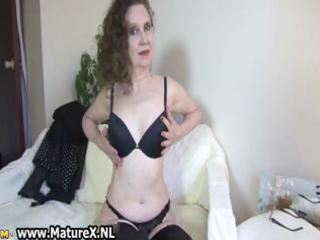horny aged mommy showing part9