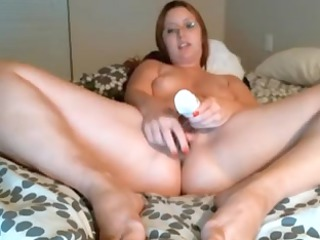 chubby wife with glass sex toy on livecam