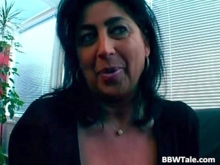 breasty mother i copulates her colleague at the