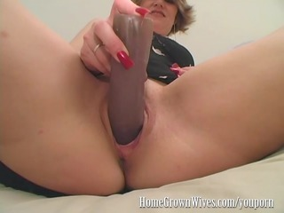 homegrownwives d like to fuck inserts extreme