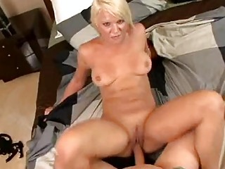 bithy wife veronika raquel likes to receive her