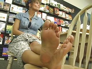 more hawt mature feet