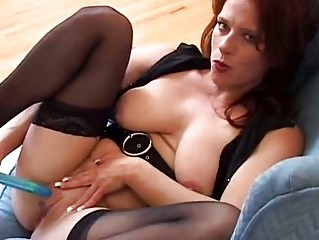 large whoppers d like to fuck works her cookie