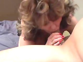 sleezy lady enjoys cock and sex cream
