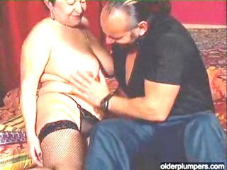 bulky granny wants a hard shlong