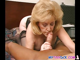 slutty granny gets overspread in sperm