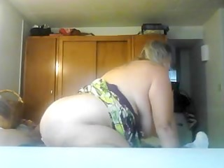 busty mature gf copulates cowgirl style