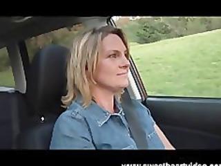 ebon lesbian babes fuck on a farm