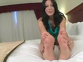 d like to fuck feet tease