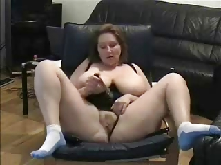 mature fingering watching a porno. dilettante aged