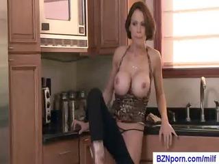 411-busty mom porn