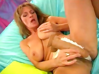 breasty golden-haired mom with a unshaved cookie