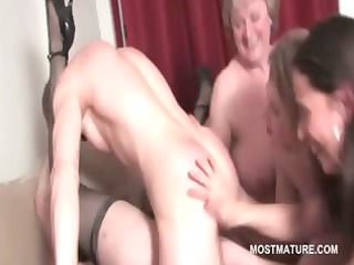 mature hot honey cunt fucked to orgasm in group