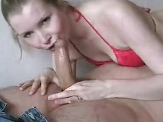 dilettante wife sucks hubbys knob