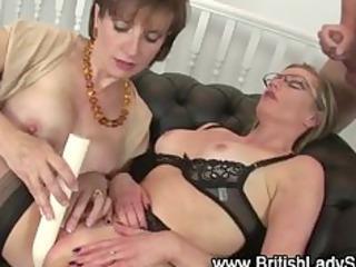 masturbatrix aged lady sonia uses toy