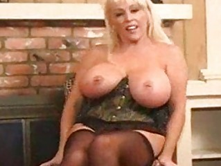 hot breasty aged blonde kandi koxx solo